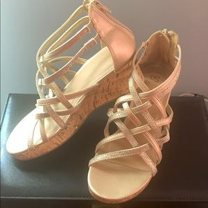 Girls size 4 wedge sandals